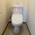 トイレです♪温水洗浄便座付♪(内装)